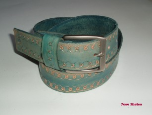 Cinturón de Cuero Troquelado 4cm - Azul